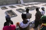 2012-12-24T154904Z_1_CBRE8BN17YF00_RTROPTP_2_CNEWS-US-NIGERIA-CHRISTMAS.jpg