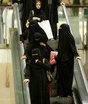 ARABIA_SAUDITA_(F)_0222_-_saudis-women-burqa.jpg